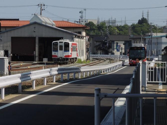 電車とBRT