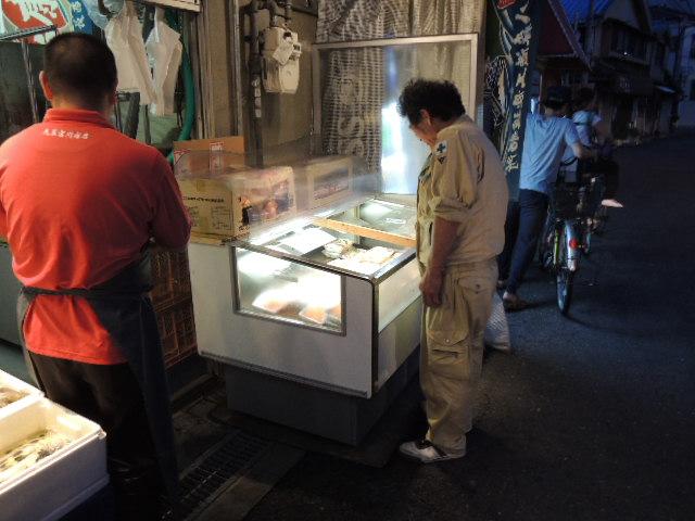 男性には手間のかからない「お造り」や「寿司」が人気