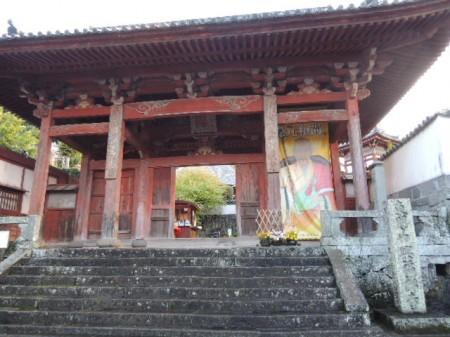 立派な寺が並ぶ寺町