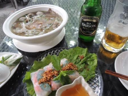 上海最後の旅ごはんは、ベトナム料理